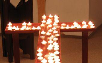 Bild: Kreuz beim Kerzengang