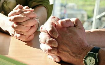 Bild: betende Hände