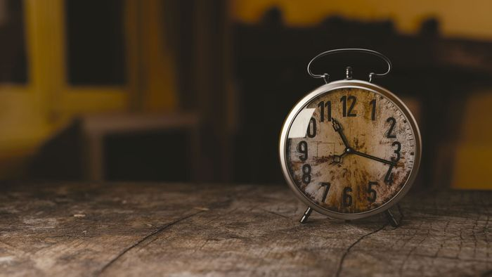 Bild: alte Uhr